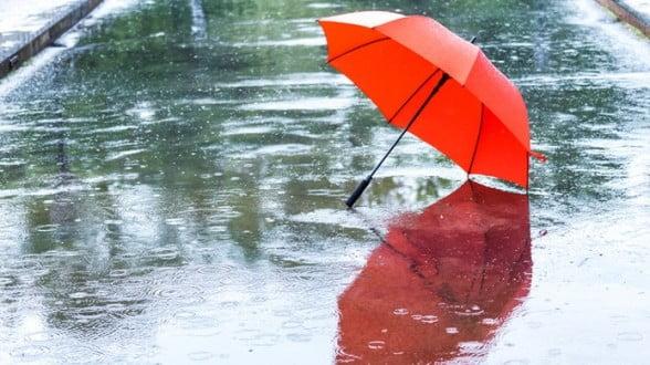 نشرة خاصة.. أمطار قوية وثلوج مرتقبة بعدد من المناطق المغربية يومي الأحد والإثنين